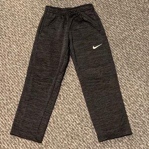 Nike Therma-Fit Sweatpants